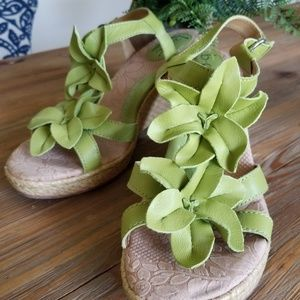 Moss Green Born Wedge Sandala